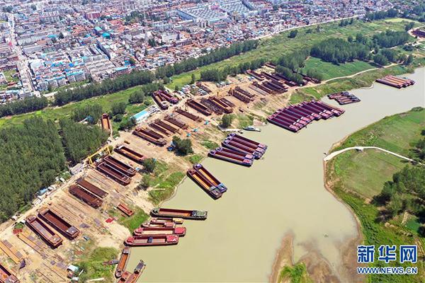 这是河南淮滨县造船产业集聚区(8月1日无人机拍摄)。新华社记者 李嘉南 摄